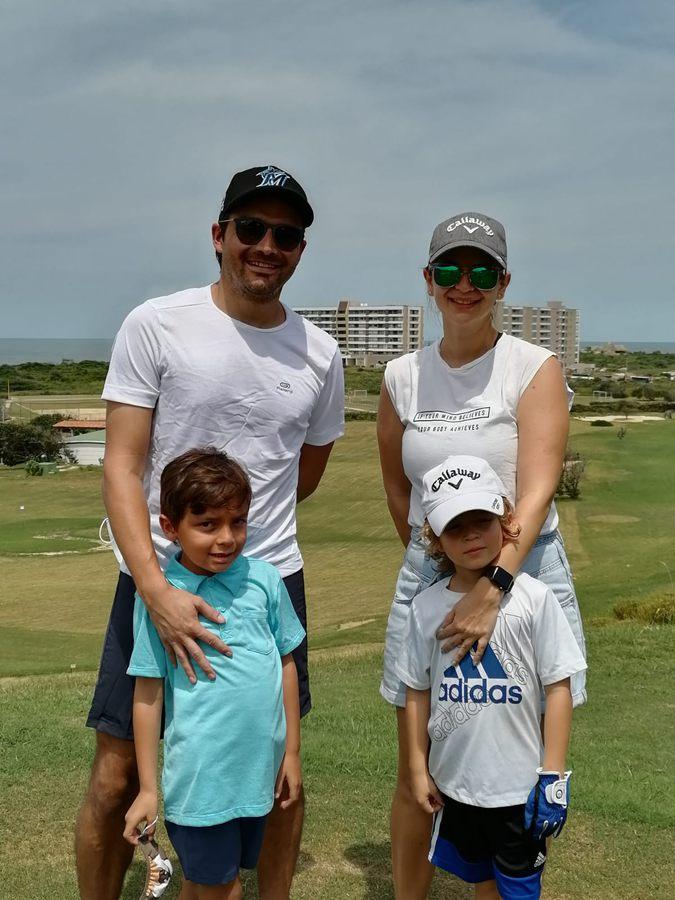 Juan Esteban Paneso, Daniel Paneso, Cristobal Restrepo y madre